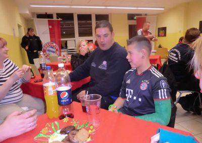 WeinachtenFlyingStars2012040_000