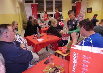WeinachtenFlyingStars2012122_000